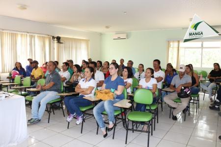 Servidores municipais participam da palestra motivacional